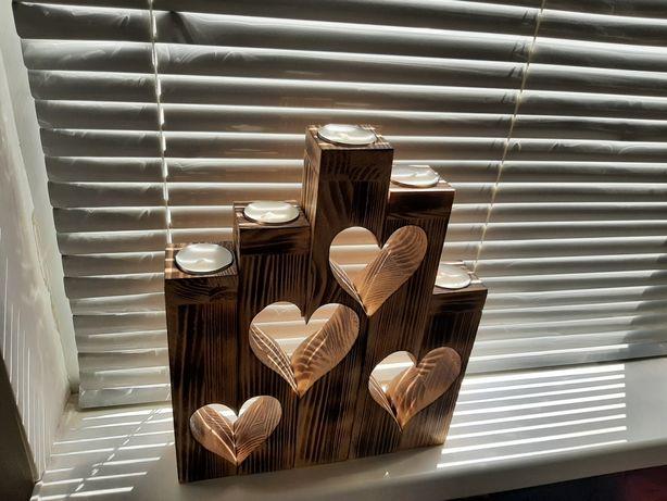 Подсвечник из дерева ''Сердце''