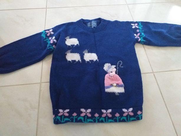 Sweterek wełniany dla dziewczynki r 116-122