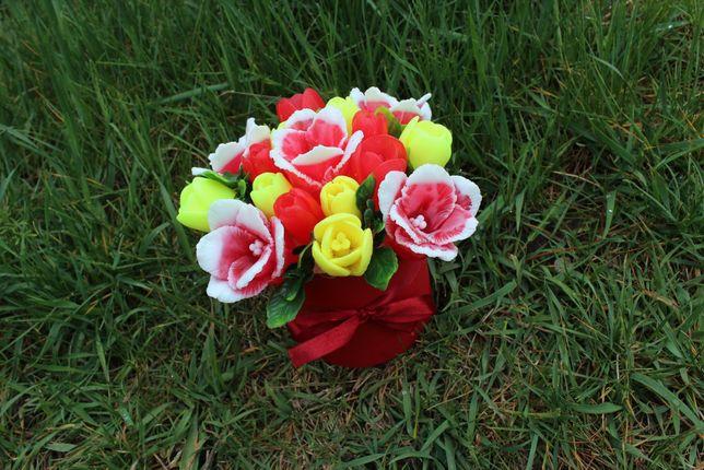 Букетик тюльпанов из мыла