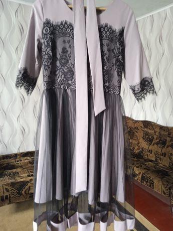 Продам недорого гарну сукню
