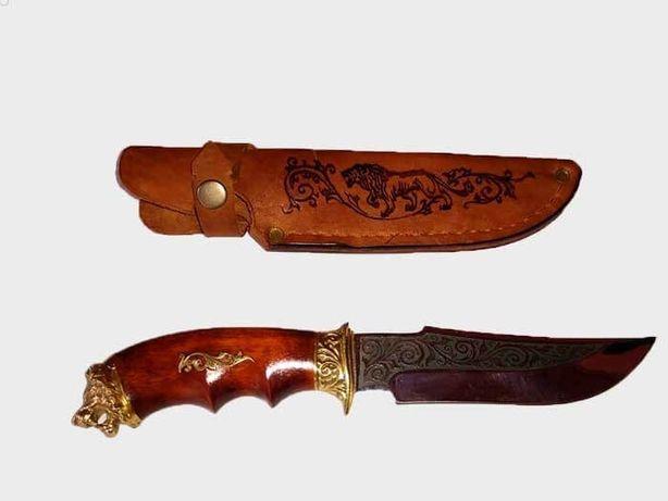 Мисливський ніж ручної роботи Лев
