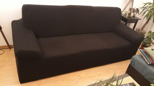 Sofá preto 3 lugares com chaiselong + resguardo preto