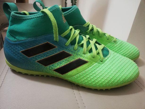 Buty sportowe turfy ze skarpetką firmy adidas