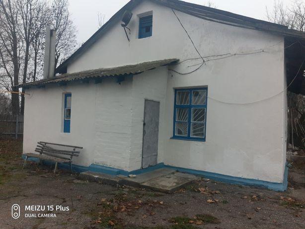Продам  дом в Краснограде .  Торг хороший Земля приватизирована