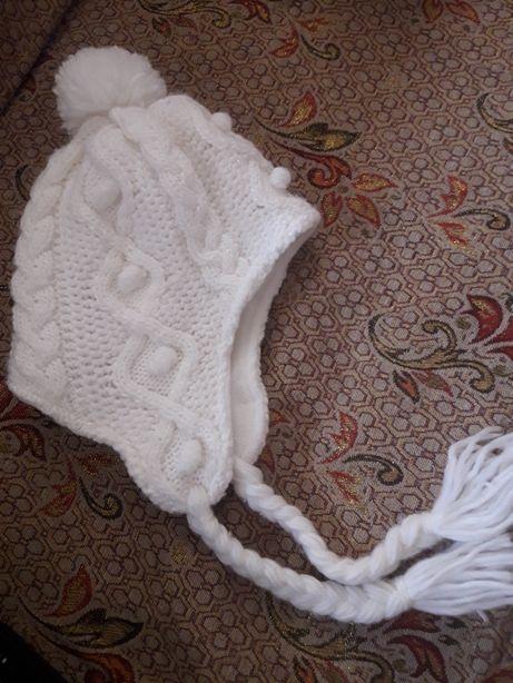 Новая очень теплая шапка Matalan 6-8 лет