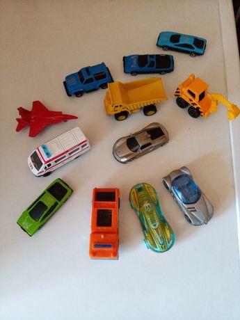 Машинки игрушечные Hot wheels