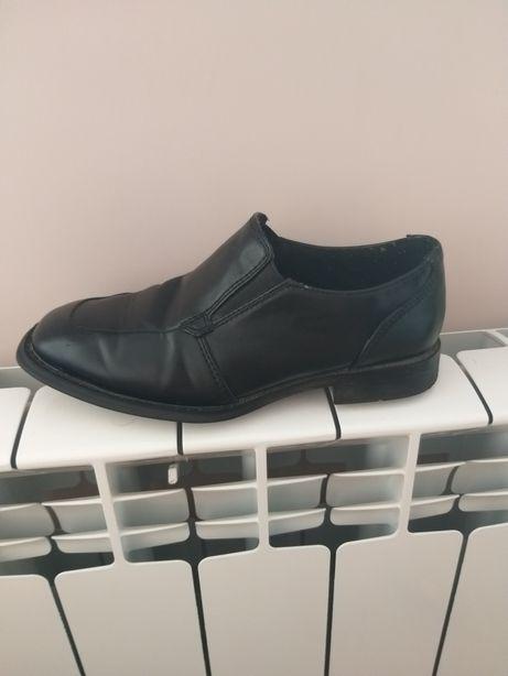 Туфлі ,взуття на хлопчика