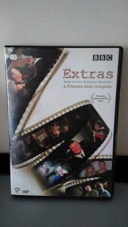 Extras 1ª Primeira Temporada Completa Série Ricky Gervais Legendas PT