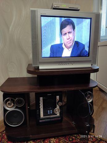 Продам тумбу под телевизор б/у