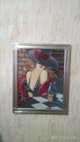 Продам картины, вышитые бисером.