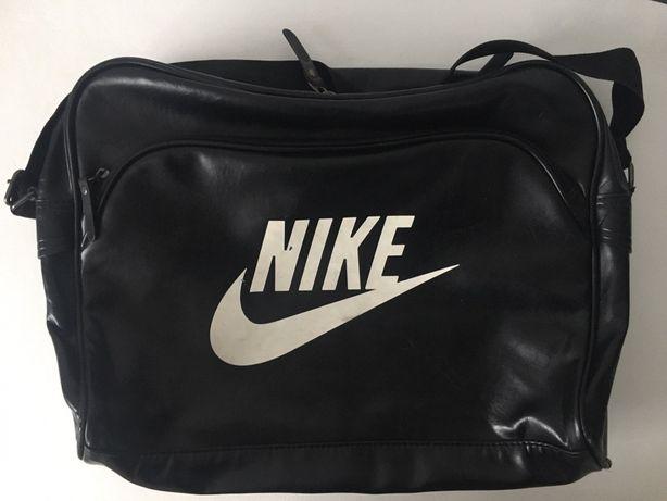 Torebka na ramię Nike