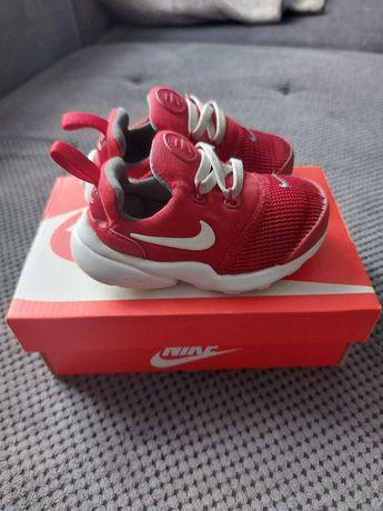 Buty sportowe dziecięce lekkie ultra komfort NIKE Presto Fly R 22