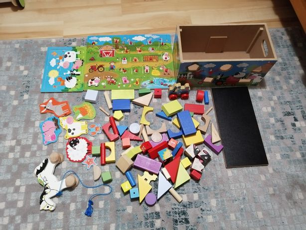 Klocki puzzle drewniane + pudło
