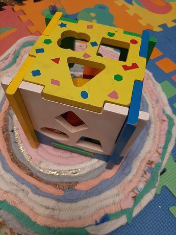 Деревянный куб сортер