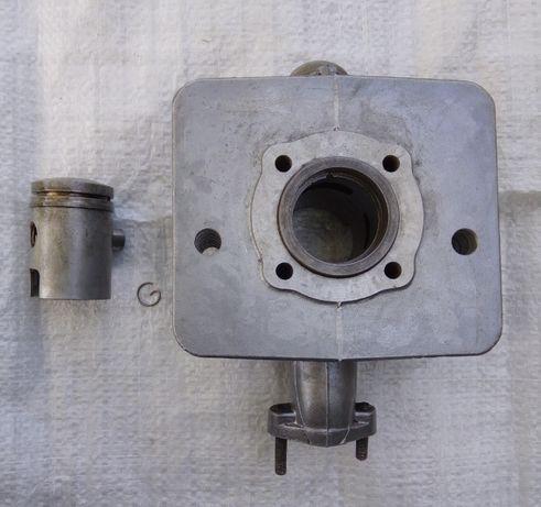 Цилиндр с поршнем на мопед Симсон, Simson, Сімсон диаметр 40.25 мм.