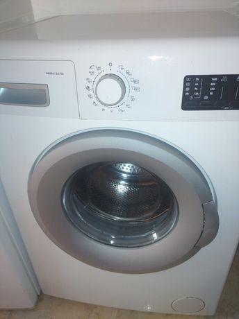 Vendo Maquina de Lavar como nova