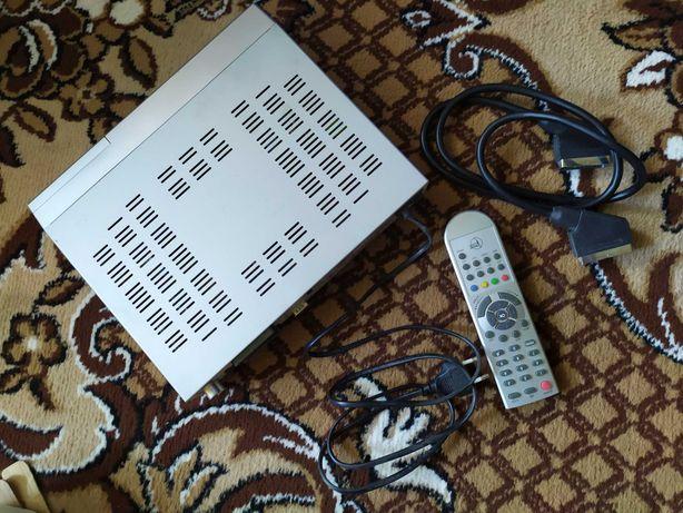 ТВ-тюнер Homecast ВОЛЯ + кабель + пульт