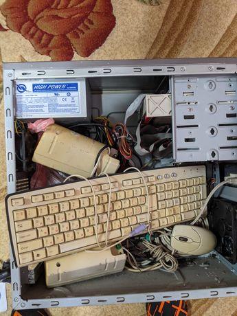 Комп'ютер, озу ddr2, hdd 500 gb, radeon, колонки, вебка, клава та ін.
