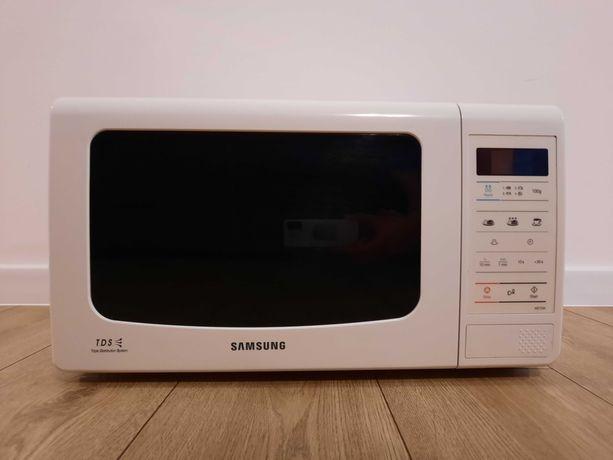 Kuchenka mikrofalowa Samsung ME733K mikrofala