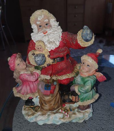 Śliczna figurka świąteczna