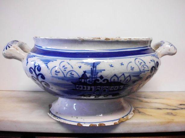 linda antiga terrina em faiança portuguesa - azul