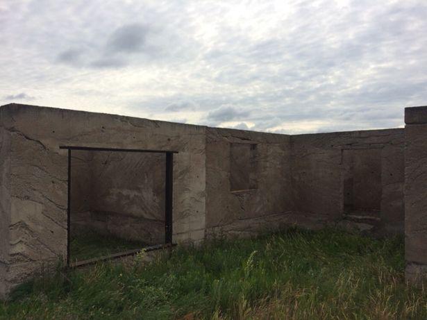 Продам(обміняю на авто) недобудований дім