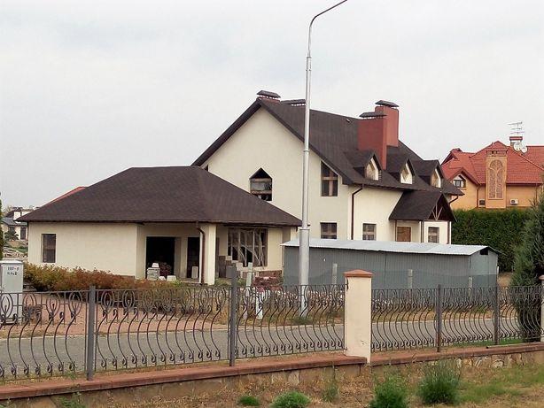 Козин. Новый дом 580 кв.м, 37 соток. Закрытый городок. Охрана.