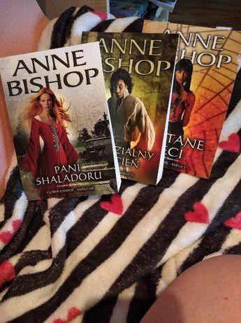 Anne Bishop Czarne Kamienie księga V, VI i VIII