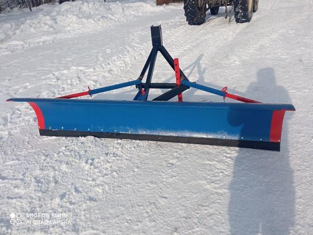 Sprzedam Pług do śniegu na tył traktor przestawny na boki 2.4m