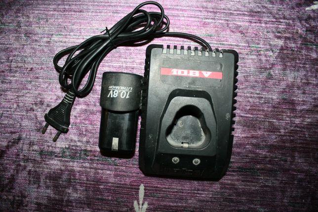 Зарядное устройство (импульсное) для аккумуляторного инструмента DWT 1