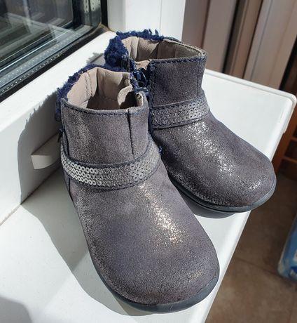 Ботинки сапожки Chicco кожа кроссовки