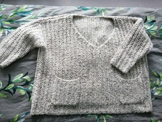 Sweter szary gruby