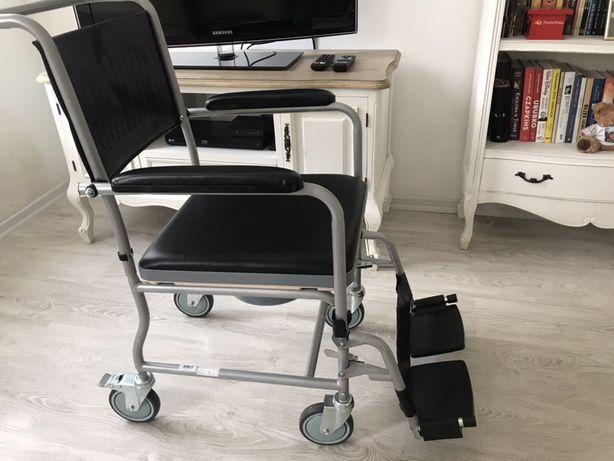 Domowy wózek inwalidzki z toaletą plus gratis materac przeciwodleżynow