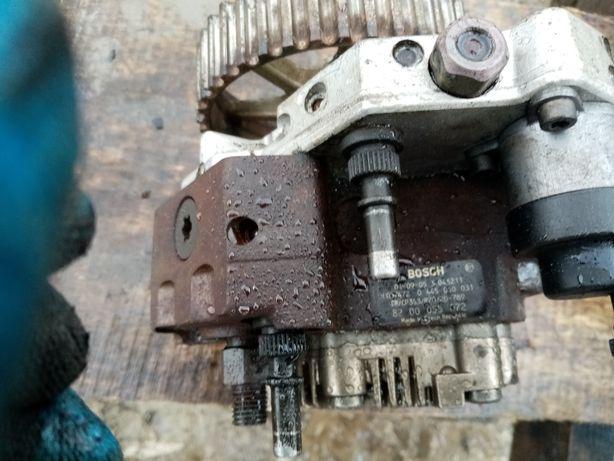 Топливний насос Renault Laguna 1.9 DCI був мало використанні