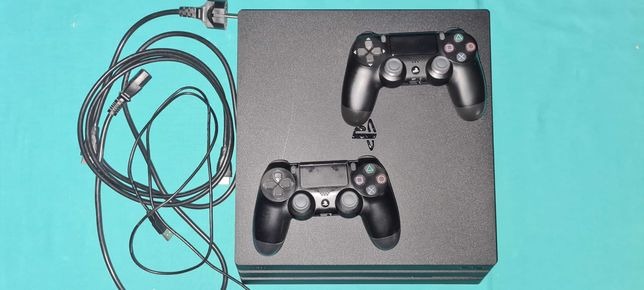 PS4 PRO 1tb. 7016B