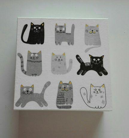 Pudełko drewniane z kotami, kotki,koty cats, białe pudełko, rękodzieło