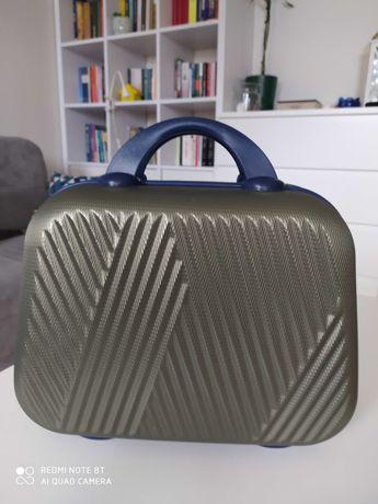 kuferek/walizka podręczna/kosmetyczka OCHNIK - NOWA