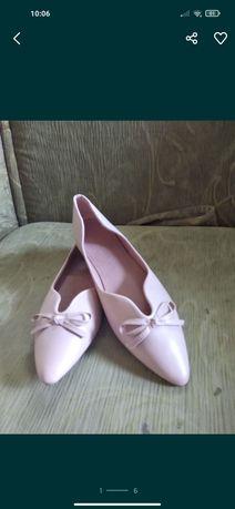 Туфлі.                            .