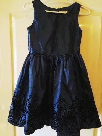Sukienka niebieska z czarnymi kwiatkami COOL CLUB 140