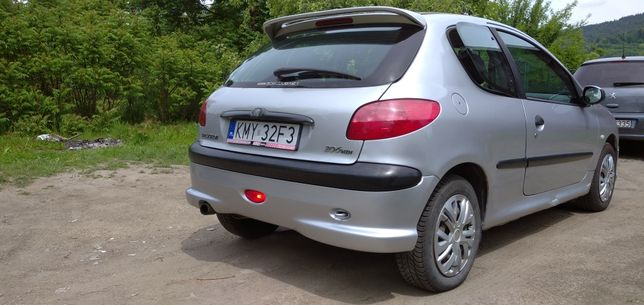Peugeot 206 to 2.0 hdi