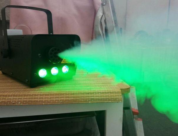 Máquina de Fumo 500w RGB e strobe com controlo remoto