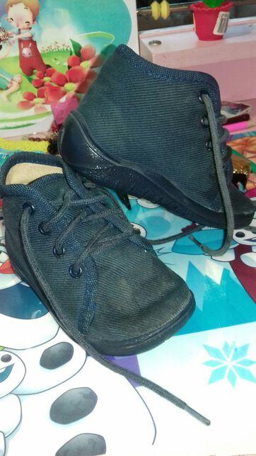 Продам ортопедичне взуття 20р.