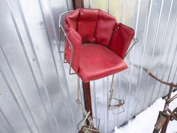 Stary zabytlowy fotelik prl rower
