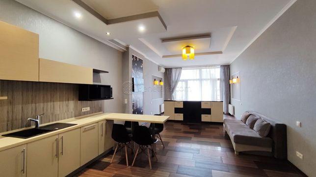 Код: 1444. Студийные апартаменты с террасой в Ж/К «Аркадийский Дворец»