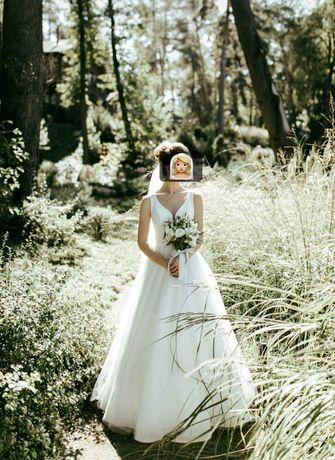 Вишукана весільна сукня.Можливий торг