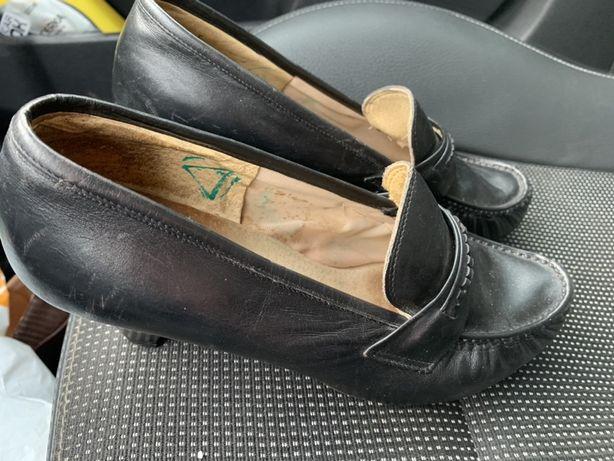 Buty damskie skórzane oddam za darmo 3pary