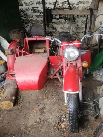 Продам мотоцикл Днепр 11