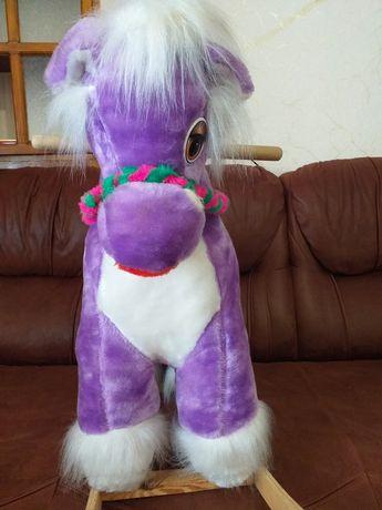 Детская лошадка качалка.