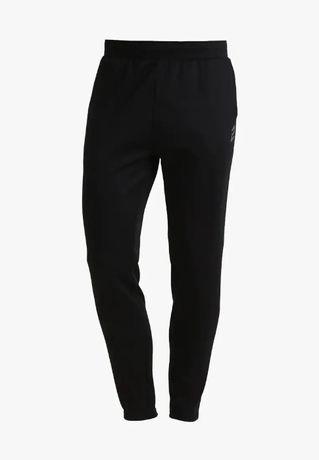 Nowe spodnie dresowe meskie czarne r. XL slim tiro eqt