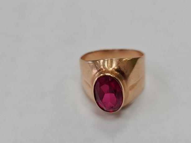 Wyjątkowy złoty pierścionek damski/ Radzieckie 583/ 6.10 gram/ R19